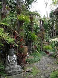 25 exotic balinese garden ideas to