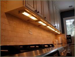under kitchen cabinet lighting 1