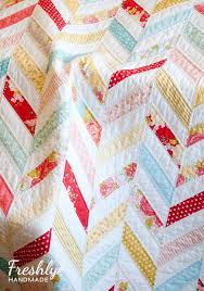 17 Best images about Quilting on Pinterest | Antique quilts, Quilt ... & c5da6665f6dfe4b05d5a7b4c7024e539.jpg Adamdwight.com