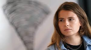 Climate activist #fridaysforfuture • student • author • born 364 ppm, based in berlin. Gegen Unsere Lebensgrundlagen Luisa Neubauer Rechnet Mit Merkel Ab Politik Inland Bild De