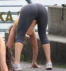 sexy yoga pants fetish hot big ass selfshots amateur leggings.