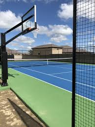With an open top design and superior weather resistance and drainage, our floors are ready to play all year round. Basketball Courts Courts Greens