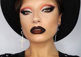 13 stunningly beauty witch makeup ideas