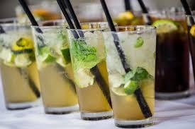 Foto gratis: menta, cocktail di frutta, limonata, acqua fredda, cristallo di ghiaccio, acqua di ghiaccio, cannuccia, acqua dolce, bevande, fresco