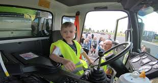 6-year-Old's Dream Of Driving Garbage Truck Is A Wish Come True