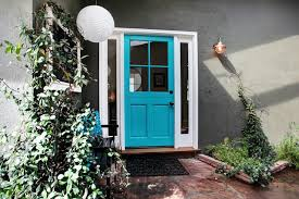 turquoise front doorAre Bright Colors Right for Your Front Door