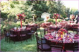 Fall Wedding Ideas For The Ultimate Backyard Barnhouse Country Backyard Fall Wedding