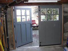 vintage garage doorsswing open garage doors   Swinging SwingOut or Swingout Real