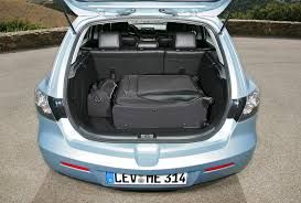 Mazda 3 Hatchback (2004 - 2008) Features, Equipment and ...