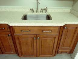 solid surface countertop installed in milwaukee home