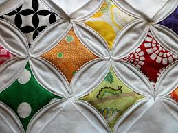 Cathedral Windows Quilt - Directions - Free quilting for beginners & Written Footsteps – Cathedral Quilt Adamdwight.com