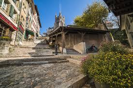 <b>Escaliers</b> du Marché - Lausanne Tourisme