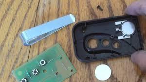 how to replace stanley garage door remote battery