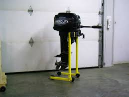 outboard stand jpg 60490 bytes