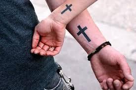 Tetovací Kříž Na Pažích Jeho Smysl