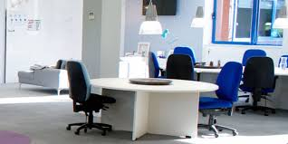 7 effective office layouts for small offices office arrangements y22 office