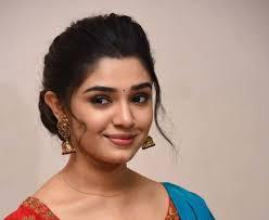 Telugu actress Krithi Shetty cute pics | ManaStars