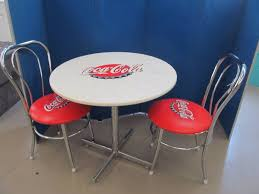 coca cola table and chairs 28 tall 30 diameter