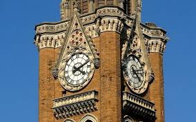 It stands at a height of 85 m (280 ft or 25 storeys). The World Geography 10 Famous Clock Towers From Around The World Clock Tower Tower World Clock