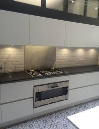 Cuisine Coloris Blanc Mat Et Plan De Travail Granit Noir Bordeaux