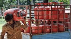 ವಾಟ್ಸಾಪ್ ಮೂಲಕ ಗ್ಯಾಸ್ ಬುಕ್ ಮಾಡಲು ಇಲ್ಲಿದೆ ಮಾಹಿತಿ | Kannada Dunia | Kannada News | Karnataka News | India News