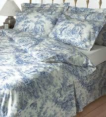 toile de jouy duvet cover blue