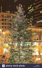 Westlake Tree Lighting 2016 Christmas Tree Lighting Celebration Stock Photos Christmas