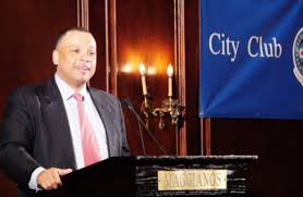 City Treasurer Kurt Summers Addresses Disinvestment in Chicago's  Neighborhoods | The Crusader Newspaper Group