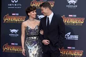 How Colin Jost and Scarlett Johansson ...