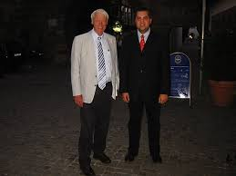 Andreas Tschorn mit der Leichtathletik-Legende Karl-Friedrich Haas, zweifacher olympischer Medaillengewinner und Träger des Rudolf-Harbig-Gedächtnispreises, ... - haas