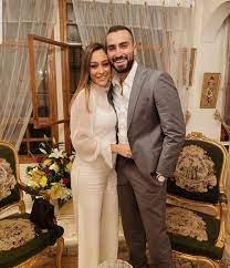 محمد الشرنوبي برفقة زوجته في أحدث ظهور لهما - بوابة الشروق - نسخة الموبايل