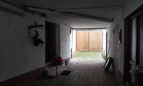 Nun wollten wir den fußboden (vorerst in der küche) erneuern. Kleines Fachwerkhaus Und Grosse Scheune Zum Sanieren Immobilienkonzepte Schmidt