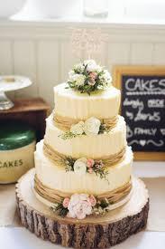 Engagement Cake Table Decorations 17 Best Ideas About Wedding Cakes On Pinterest Beautiful Wedding