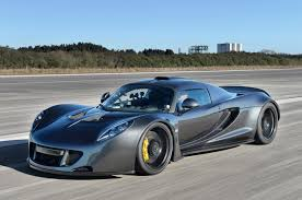 Hennessey Venom GT is Your New World's Fastest Stock Street Legal ...