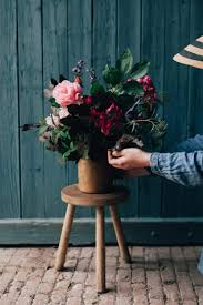 What Are Mechanics In A Floral Design Foam Free Floristry The Sustainable Guide To Floral Design