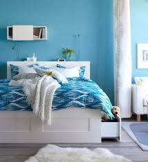 blue and white bedroom wall