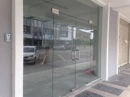 glass door albert