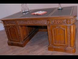 oval office table. United States Presidents Resolute Desk Oval Office Table