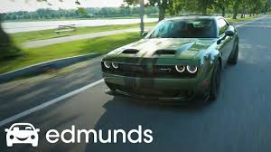 Is The 2019 Dodge Challenger Srt Hellcat Redeye Worth An Extra 10k First Drive