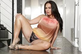 Latina big tits milf