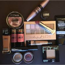 plete makeup kit lakme saubhaya makeup