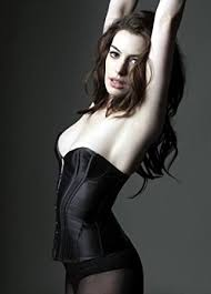 Anne Hathaway Has a  Sexy  New Man  Photo           Anne Hathaway Pictures    Just Jared