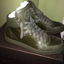 gucci used. used! high top sneakers for men ! gucci used .