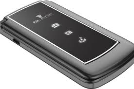 motorola razr black. motorola razr flip phone is back in a new form \u2013 as teens turn to \u0027brick\u0027 phones escape social media razr black
