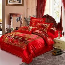 luxurious traditional chinese style wedding bedding sets red embroidery silk duvet covers green embroidery silk duvet