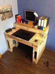 office desk europalets endsdiy. Pallet Computer Desk, Minus The Back Part Office Desk Europalets Endsdiy