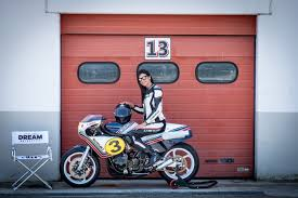 enter sergio giordano of italian dream motorcycle who runs a team of professional racing mechanics uniquely qualified to build high performance custom