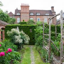 Formal Garden Design Beauteous Take A Look Around A Classic Garden In Kent Ideal Home