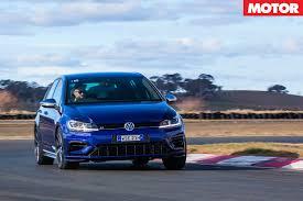 2017 Volkswagen Golf R 7.5 review   MOTOR