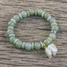 jade beaded bracelet handmade in thailand with elephant jade elephant